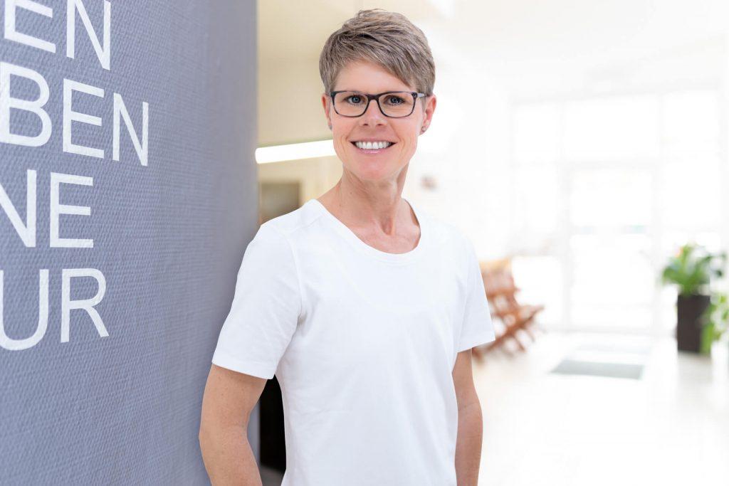 Antje Dietrich, Physiotherapeutin, Lymphtherapeutin, Manualtherapeutin und Rückenschullehrerin im Therapiezentrum Lich